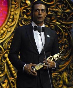 iifa-awards-2009-winners-photos10-250x300