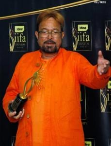 iifa-awards-2009-winners-photos15-229x300